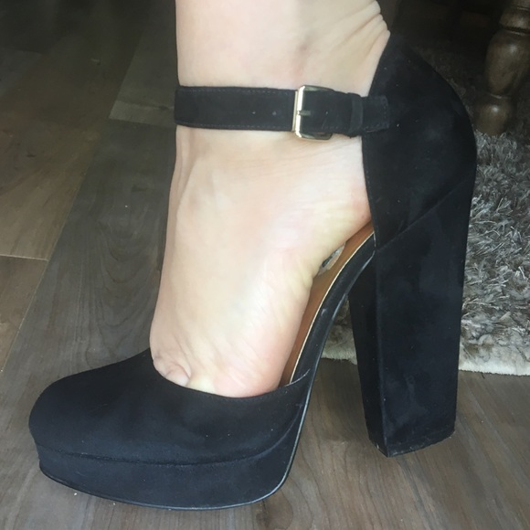31b51d972fe NINE WEST chunky heel closed toe ankle strap shoe